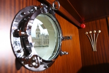 17 SoC Porthole Detail2